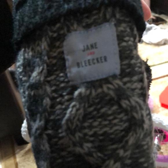 jane and bleecker Accessories - Jane and bleecker winter socks